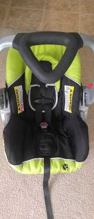Baby trend carseat neon green and black with bade