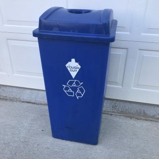 32 Gallon Recycle Container