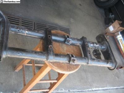 Ball joint beam with adjusters type 1