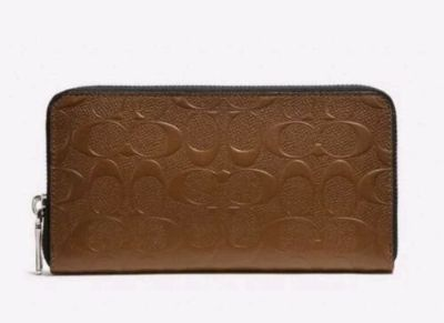 Brand new Authentic Coach f24667 accordion signature wallet saddle in crossgrain leather $275