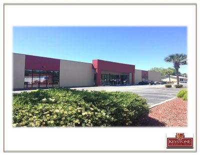 Former Golfsmith-29,440 SF Bldg –For SALE or LEASE-North Myrtle Beach, SC.