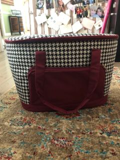 New! Houndstooth cooler tote. Never used! $23