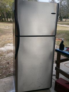 20.6 cu ft. Stainless frigid aire refrigerator