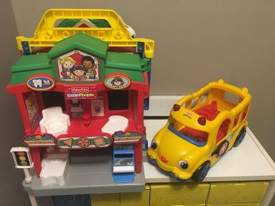 Little People Learning About Town Playset & Little People Bus!
