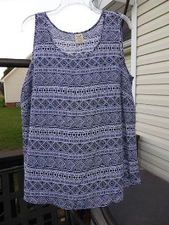Like New Pullover Blouse