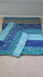 Full/queen quilt and 2 shams