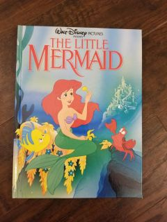 Vintage Little Mermaid book in excellent condition. Copyright 1989