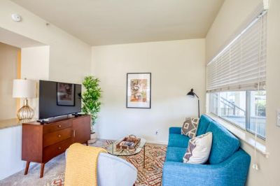 $2370 studio in Alameda County