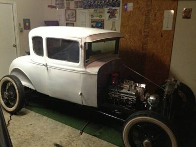 1931 Ford coupe roller for trade .... (laredo)