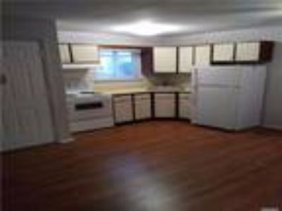Real Estate Rental - One BR, One BA Apartment in bldg - Waterview