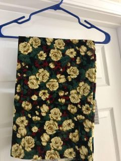 New with tags! XL skirt, Cassie by LulaRoe.
