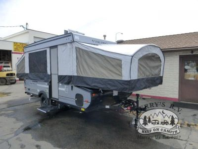 2018 Viking Epic Series 2405ST