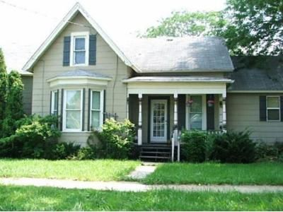 3 Bed 1.5 Bath Foreclosure Property in Sandusky, OH 44870 - 2nd St