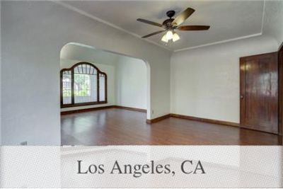 2 bedrooms Duplex/Triplex - This duplex is located in the historical Mid-City district.