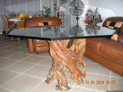 Stunning Driftwood And Glass Table.