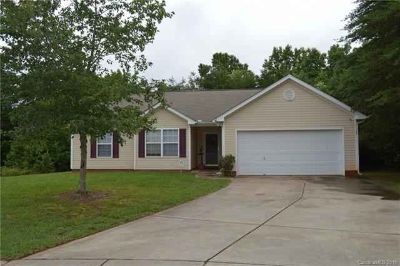 11109 Nolet Court CHARLOTTE Three BR, NICE RANCH PLAN WITH 2 CAR