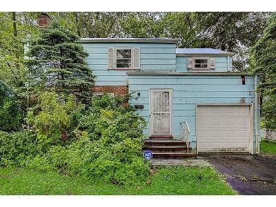 3 Bed 1.5 Bath Foreclosure Property in Plainfield, NJ 07062 - Woodland Avenue