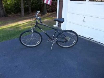 $100 Mens Mountain Bicycle