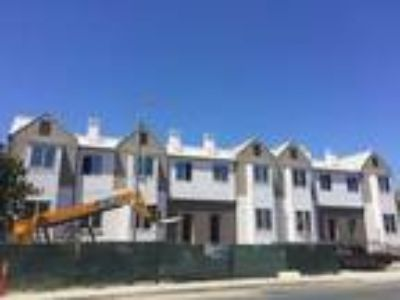New Construction at 853 Maria Lane, by EPH Eastridge Pacific Holdings