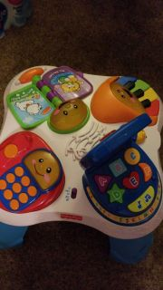 Fisher Price Stand and Play table
