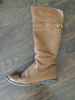 Kenneth Cole Girls brown riding boots sz 5