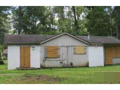 3 Bed 1 Bath Foreclosure Property in Highland, MI 48356 - Woodside