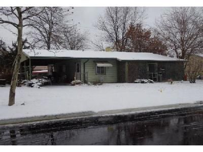 3 Bed 1 Bath Foreclosure Property in Adrian, MI 49221 - March Dr
