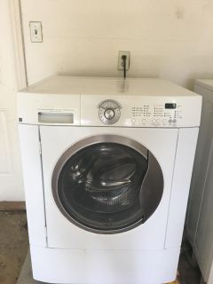 Frigaire Washer and Dryer