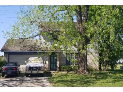 3 Bed 2 Bath Preforeclosure Property in Houston, TX 77066 - Swinden Dr
