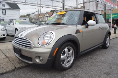 2007 MINI Cooper Base (Yellow)
