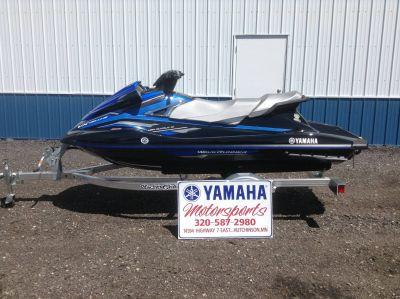 2018 Yamaha VX Deluxe 3 Person Watercraft Hutchinson, MN