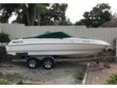 2004 Bryant 214-RB Power Boat in Windermere, FL