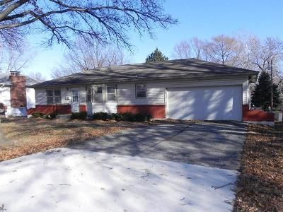 3 Bed 2 Bath Foreclosure Property in Olathe, KS 66061 - N Curtis St