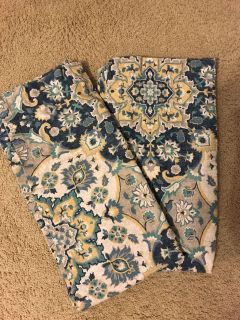 Pair of window valences. Heavy, quality material. Excellent condition. Non smoking home. Floor length.