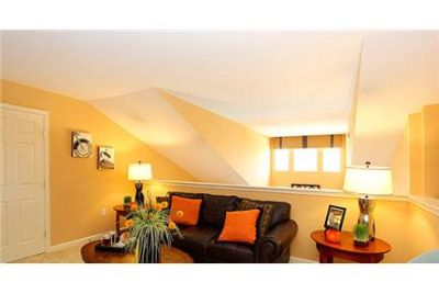 2 bedrooms Apartment - All the charm of Ellicott City and all the excitement of Columbia, MD.