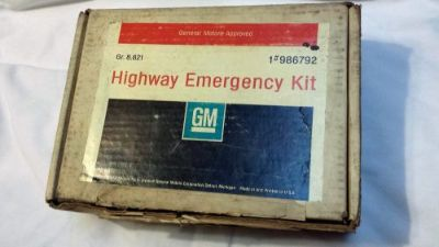 Purchase GM NOS 66 67 68 69 70 71 Corvette Highway Emergency Kit Camaro Nova 986792 motorcycle in Arlington, Texas, United States, for US $295.00