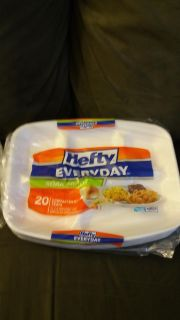 Hefty Everyday soak proof compartment trays. New!