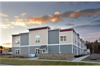 BRAND NEW luxurious 2 Bed 2 Bath Minutes from Downtown in Ballston Spa