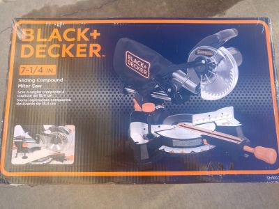 Black & Decker Sliding Compound Miter Saw