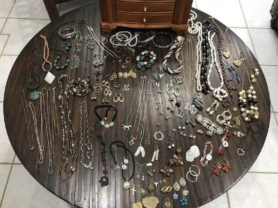 Jewelry box filled with well over 200 pieces of vintage & costume jewelry!