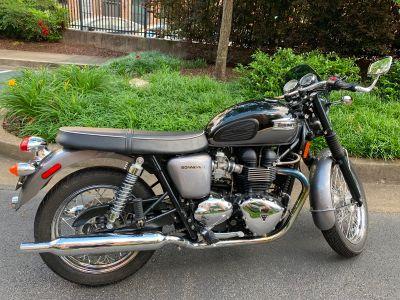 2012 Triumph BONNEVILLE T100