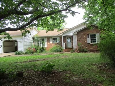 3 Bed 1 Bath Foreclosure Property in Appomattox, VA 24522 - Phelps Branch Rd