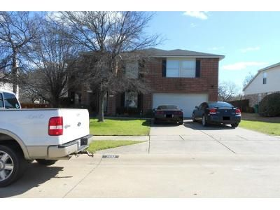 4 Bed 2.5 Bath Preforeclosure Property in Mckinney, TX 75071 - Bluff Creek Ln