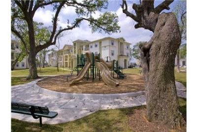 $939 / 2 bedrooms - Great Deal. MUST SEE. Pet OK!