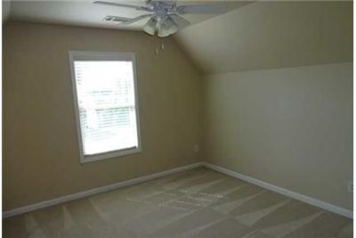 5 bedrooms - ready to move in. Washer/Dryer Hookups!