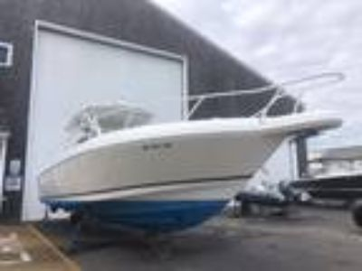 39' Intrepid 377 2004