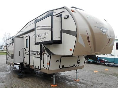 2016 Rockwood SIGNATURE ULTRA LIGHT 8289WS