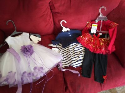 Baby girl clothes. New with tag