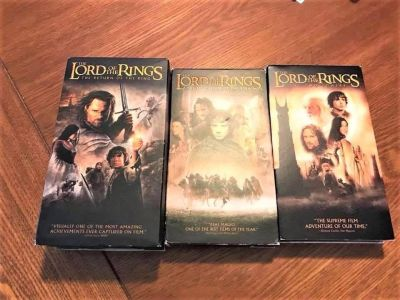 VHS Set Of The Lord Of The Rings Trilogy (4 Tapes)