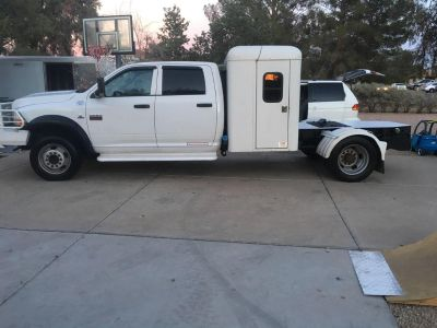 2012 Dodge 5500 Dually w/ 100 gallon gas tank